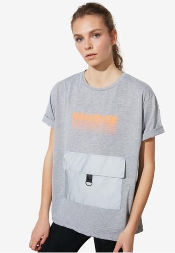 Trendyol grey Printed Boyfriend Sports Tee AE0E9AAAC474CBGS_1