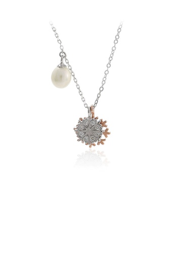 Glamorousky white 925 Sterling Silver Fashion Simple Snowflake Cubic Zirconia Pendant with Freshwater Pearl and Necklace 226EEACD81E96CGS_1