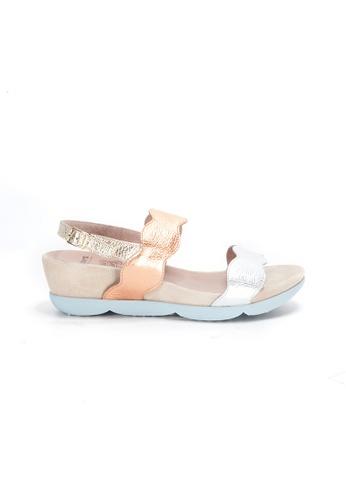 Shu Talk silver WONDERS Retro Metallic Wavy Comfy Sandal A26CCSHC2C4970GS_1