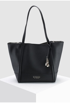 090d5fb2cb 38% OFF Guess Heidi Tote HK  999.00 NOW HK  619.90 Sizes One Size
