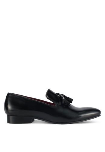 ACUTO black Leather Tassel Loafers AC283SH0SL6RMY_1