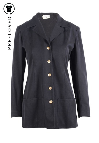 Chanel black Pre-Loved chanel Black Classic jacket with Gold Buttons 87A28AAF3EBCE3GS_1