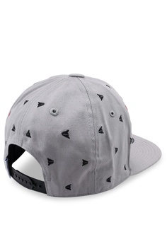 6853756d 15% OFF Reebok Classic Graphic Cap S$ 29.00 NOW S$ 24.70 Sizes One Size