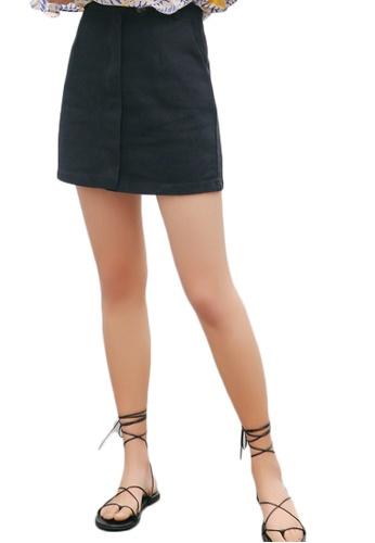 Shopsfashion Light Denim Mini Skirt in Black 0A803AAEEC2A99GS_1