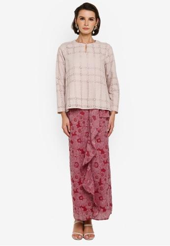 Zalia 紅色 and 褐色 Eyelet Lace Kurung Kedah 92F58AAE950679GS_1
