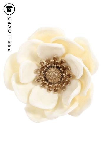 Musubi white Pre-Loved musubi XL Flower Ring A5AECACB7A2741GS_1