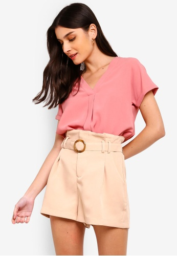 ZALORA 粉紅色 V領上衣 BA22DAA252C7E5GS_1