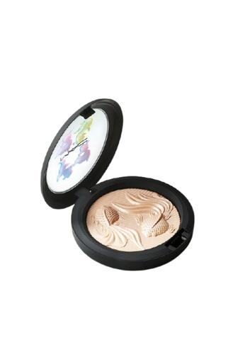 MAC MAC Extra Dimension Skin Finish / Moon Masterpiece (Beige That Breaks Silver) E8681BE16B8495GS_1