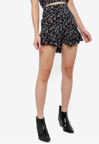 Something Borrowed black Flutter Hem High Waist Shorts E1FBFAA260B3D7GS_1