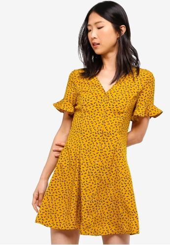 ZALORA BASICS yellow Basic Button Fit And Flare Dress 9131AAA7A48369GS_1