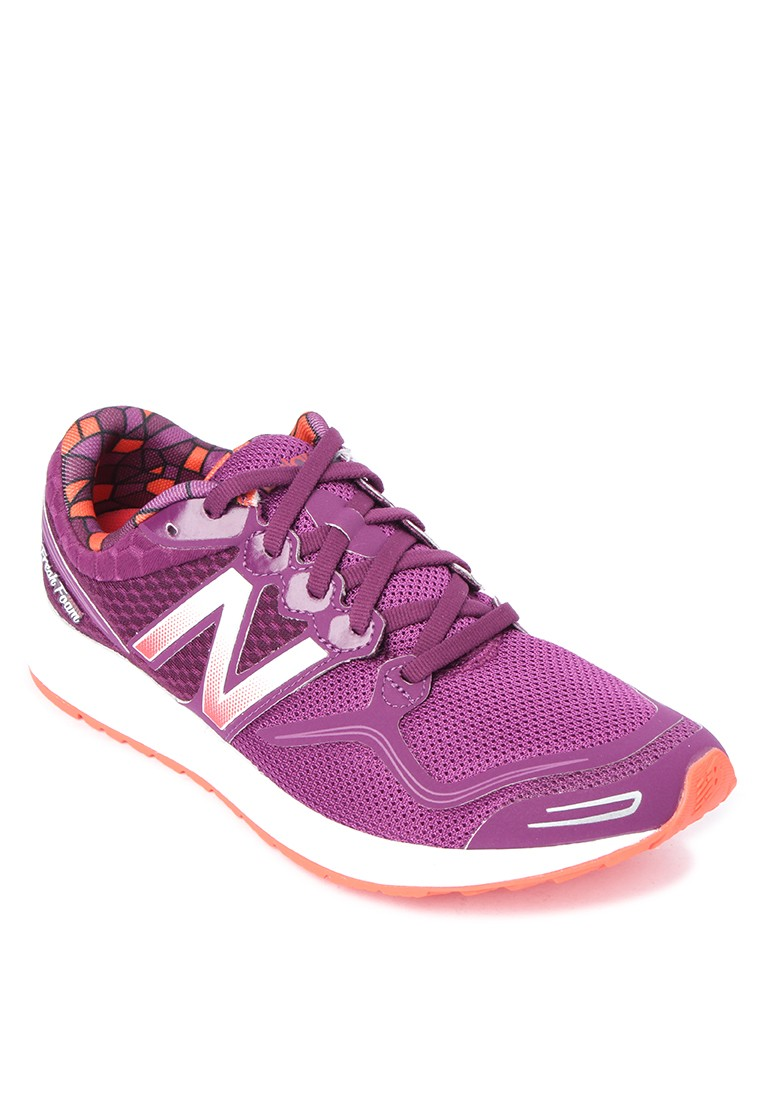W980 Womens Running Shoes