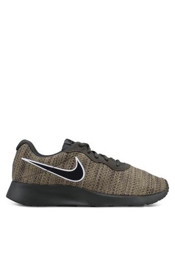 Nike black Men's Nike Tanjun Premium Shoes 72BD4SHCAB0937GS_1