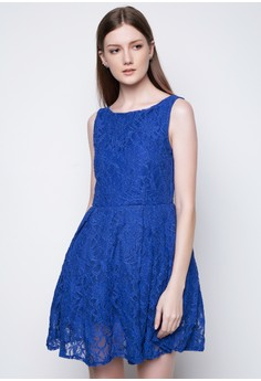 Boat Neck Lace Dress