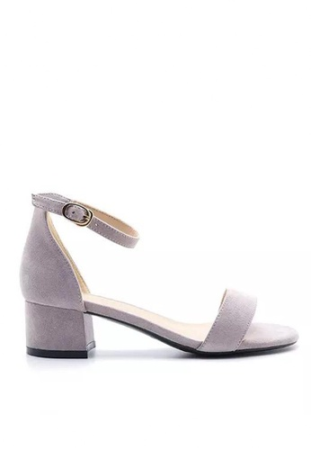 Twenty Eight Shoes Girly Ankle Strap Heeled Sandals 320-5 7AF1ASH57030E0GS_1