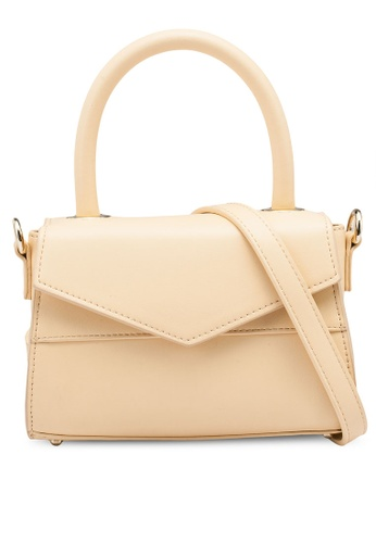 nose yellow Structure Crossbody Bag 2D26EACC835039GS_1