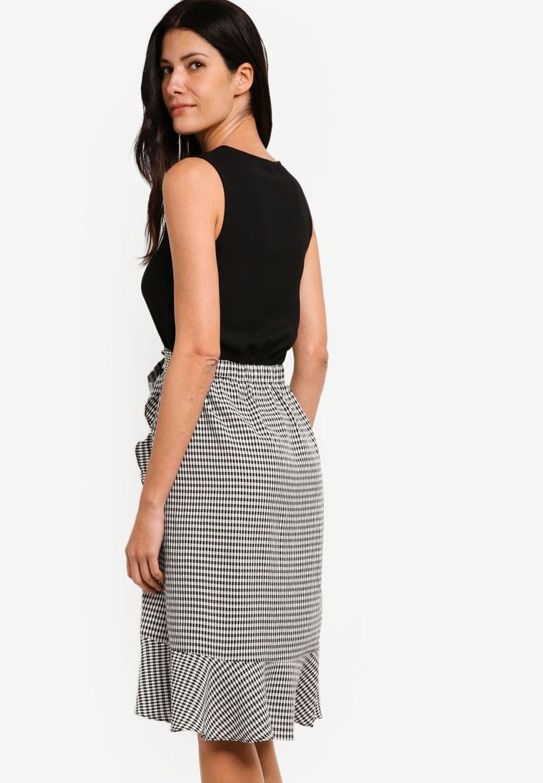 e20df833998cf ... Dress Blouson Wrap With ZALORA Checks Black Skirt Black qpCprd ...
