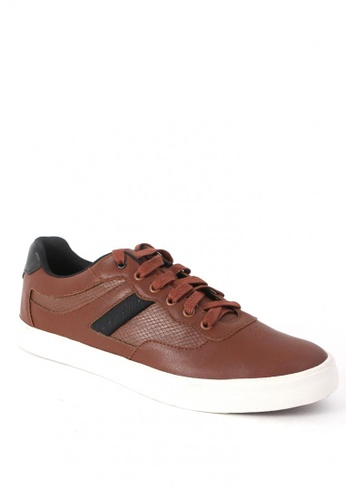 World Balance brown Dillinger Sneakers 56AA2SHD96C33EGS_1