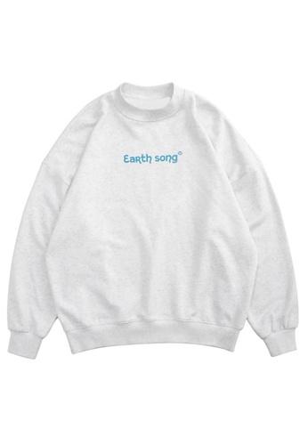 Twenty Eight Shoes Trend Reflective Printed Sweater 1304W20 B6A2CAAB637313GS_1