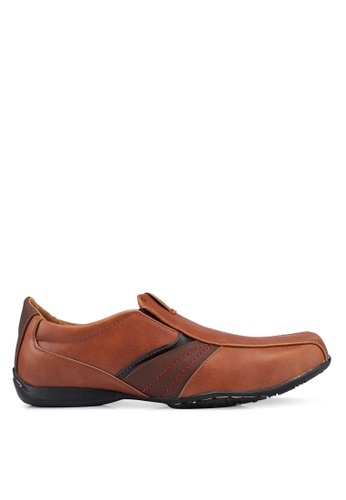 Louis Cuppers brown Faux Leather Shoes 95722SHEDE983BGS_1