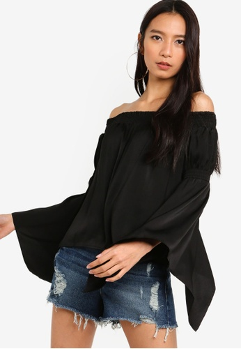 bb495e11692fe0 Buy Guess Hayden Off The Shoulder Top Online on ZALORA Singapore