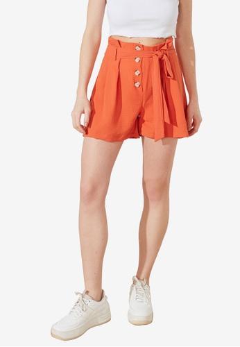 Trendyol 橘色 鈕釦 Down 腰帶短褲 00AEFAA7A6580AGS_1
