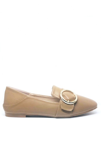 Twenty Eight Shoes beige Casual Button Loafers D10-53 54FEBSH65601E7GS_1