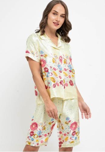 Anne Wintours yellow Pyjama Pijama Satin Silk Short Sleeve Short Pants Sleepwear 43BD4AAEBB5C69GS_1