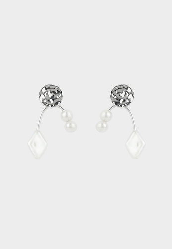 Pomelo multi Abstract Plate Pearl Drop Earrings - Silver AE0D6AC0FC0A8BGS_1