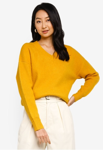 niko and ... yellow V Neck Knit Pullover Sweater D809CAA7529CB2GS_1