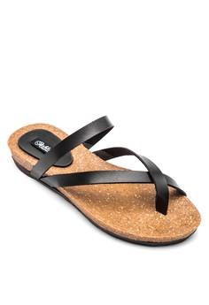 Keana Crossover Strap Flat Sandals