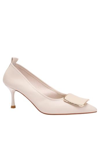 Twenty Eight Shoes 6.5CM Square Buckle Synthetic Leather Round Toe Pumps 2065-18 26ABDSH39C6D42GS_1
