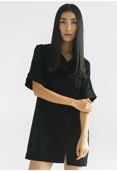 4070b4589fe190 SALIENT LABEL black Harris Front Flap Dress in Black FE316AA03CBBDAGS 1