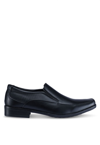 Louis Cuppers black Slip On Formal Shoes C3F5FSH28E7D7CGS_1