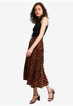 452df2f65f1fa 15% OFF Dorothy Perkins Brown Cheetah Print Pleated Midi Skirt HK  360.00  NOW HK  305.90 Available in several sizes