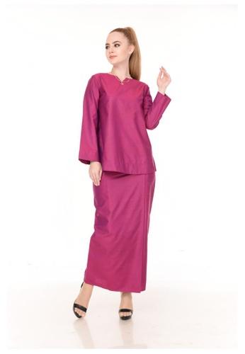 SET LAURA Kurung Kedah Magenta from Qaseh Sofea in Pink