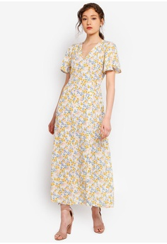 c08ddd7d175 Miss Selfridge Petite Ivory Ditsy Print Maxi Dress RM 249.00. Sizes 4 6 8  10 14