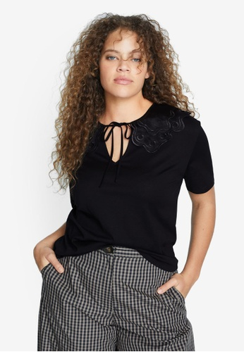 Violeta by MANGO black Plus Size Detail Neck T-Shirt DD808AA308C8BCGS_1