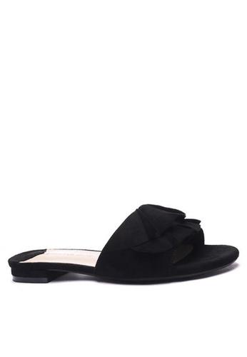 Twenty Eight Shoes Ruffled Flat Sandals 6848-1 DFE46SH668C166GS_1