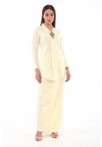 Baju Kebaya Rokiah from Amar Amran in Yellow