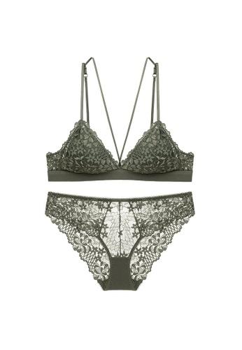 W.Excellence 綠色 Premium Green Lace Lingerie Set (Bra and Underwear) 043D3US32D8464GS_1