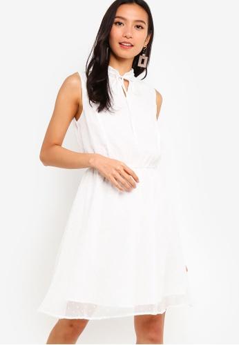 ZALORA 白色 Sleeveless Chiffon Dress FF31BAA0B5981BGS_1