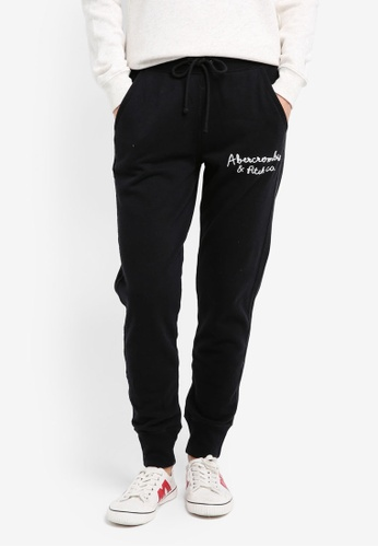 Abercrombie & Fitch black Main Line Logo Jogger Pants AB423AA0SK96MY_1