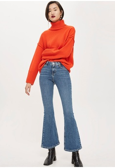 ca2f8ab1bfe5 30% OFF TOPSHOP Petite Mid Blue Flared Jamie Jeans RM 239.00 NOW RM 166.90  Sizes 28 30