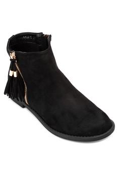 Kassie Boots