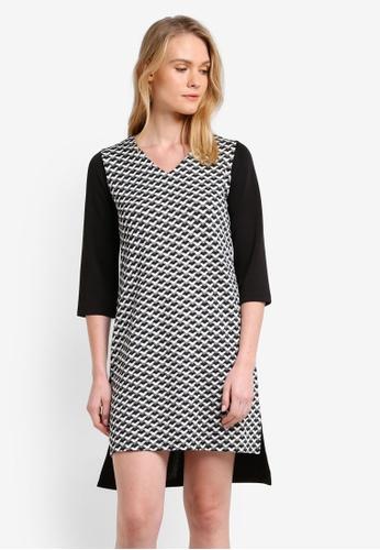 ZALORA black Essential V Neck Shift Dress E250CZZ78DF089GS_1