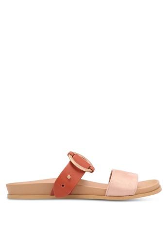 ZALORA red Buckle Sandals 61259SH51D3235GS_1