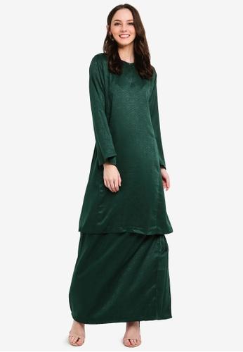 Baju Kurung Pahang Ameena from Butik Sireh Pinang in Green