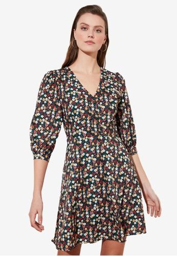 Trendyol multi Printed V Neck Ruffle Dress 49219AA561D746GS_1