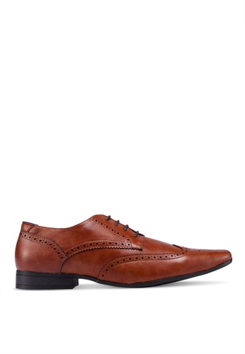 Burton Menswear London brown Tan Leather Look Shoes With A Square Toe And Brogue Detailing 6501ASHCB4BEEFGS_1