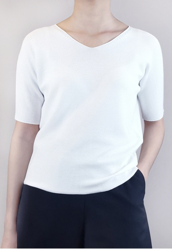 SUB white Women V-Neck Knit Top 8BB97AA3BC564DGS_1